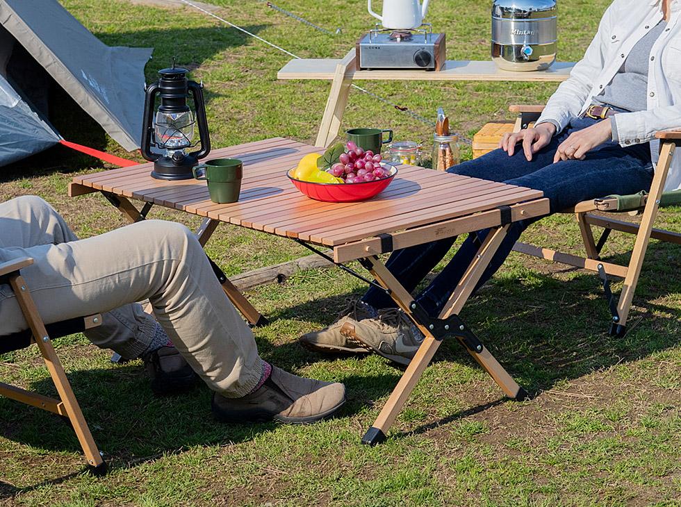 FIELDOOR(フィールドア)のウッドロールトップテーブル